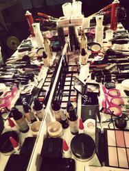 百基拉化妆学校面向全国招商