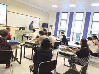 上海连优教育高端出国留学