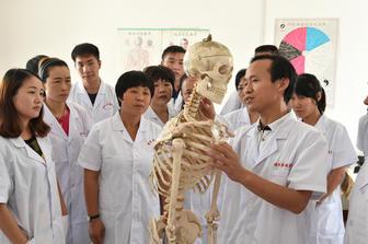 邓州市侯氏按摩职业技能培训学校面向全国招